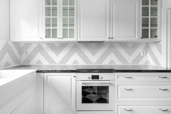 Reforma tu cocina sin obras pastor decoraciones - Cocinas pintadas sin azulejos ...